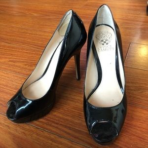 Vince Camuto sz 8.5 M Paton leather peep toe heels